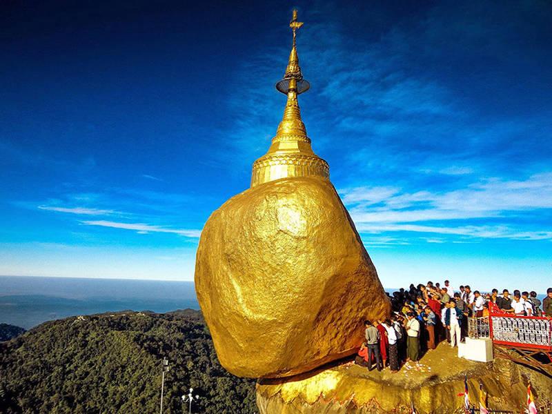 Chùa đá vàng Golden Rock