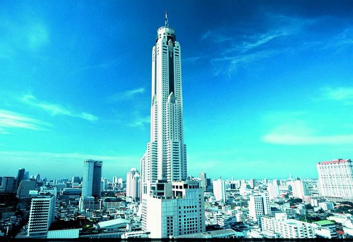 Ăn trưa trên tòa nhà cao nhất thủ đô Bangkok