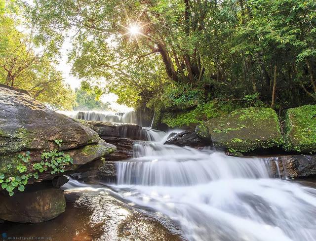 Khu du lịch Suối tranh với điểm nhấn là dòng suối mát lành, và trải dài